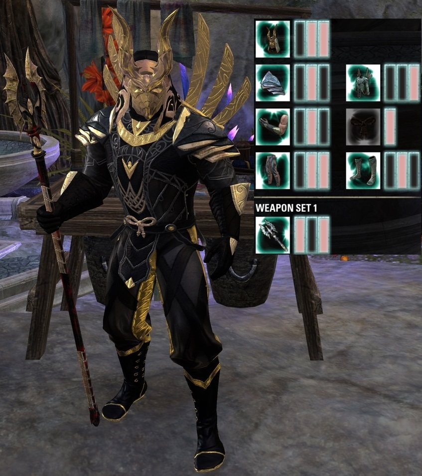 Priest of the Dark-Moon Outfit